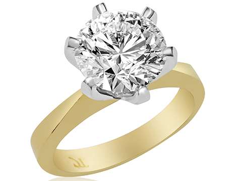 Perfect Men's Guide on Buying a Diamond Engagement Ring